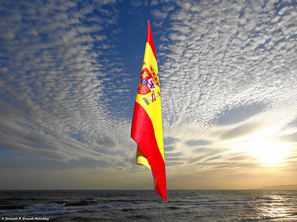 TRIUNFA ESPAÑA